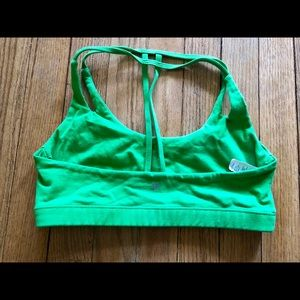 montiel activewear Other - Montiel activewear teardrop bra in green size s